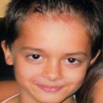 Adorján charcoot-mariee-tooth betegségben szenved, 9 éves kisfiú