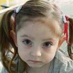 Dorina 4 éves múlt, súlyos szívfejlődési rendellenességgel született