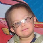 Tamás 3 éves down szindrómás kisfiú