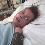 Virág 11 éves, tartósan beteg kislány